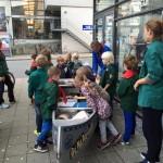 Bagsværdspejderne sælger kage til Spejderhjælpen